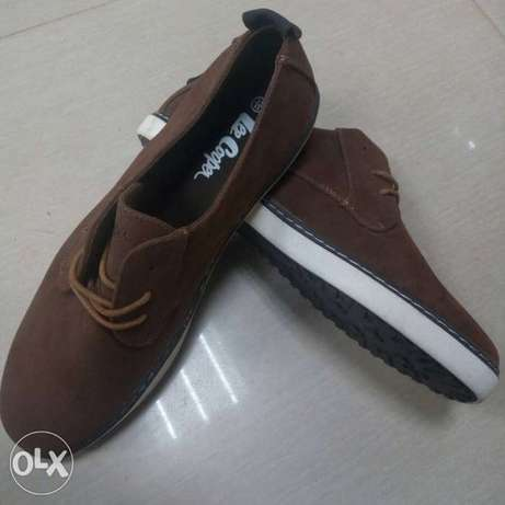 Lee Cooper Suede lace up (size 44) Kampala - image 3