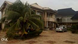A 5bedrooms duplex with a 2bedroom BQ,at Country Home,Benin-City.