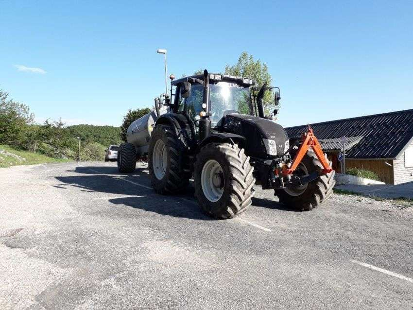 Valtra n163 direct - 2015