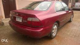 clean fairly used Honda Accord 1997 (academy)