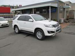 Automatic !!! 2012 Toyota Fortuner 3.0 D-4D R/B