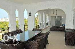 Luxury 3 Bedroom seafront Apartment