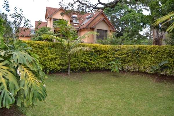 Beautiful 4 brm town houses Lavington Kitisuru - image 1