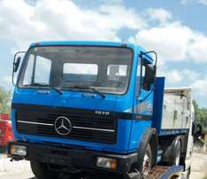 Tokunbo Mercedes Benz 1619 truck with half sided body