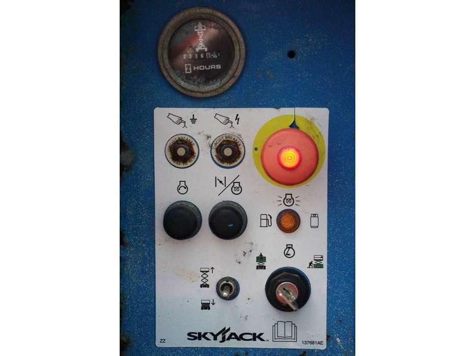 Skyjack SJ6826RT - 2007 - image 4