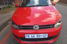 2013 volkswagen polo 6 comfortline hatchback 1.4 car, call mr.smith