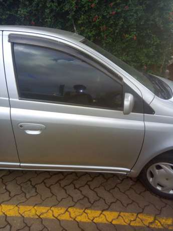 Clean well maintained Toyota Vitz for sale Ridgeways - image 3