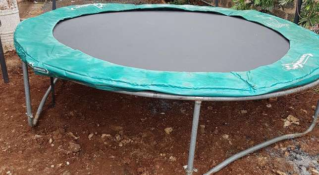 Trampoline in perfect condition Kasarani - image 2