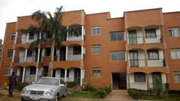A 2 bedroom apartment in kisaasi at 600k