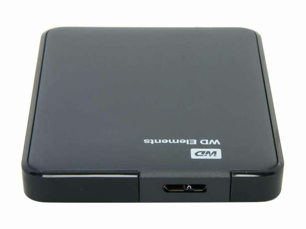 1tb external Hard drive(packed with movies and games) Dansoman - image 1