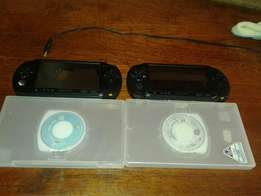 PSP streer x2 plus 2 games and a memory card and charger(check des)
