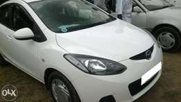 2009 Mazda demio white supper clean