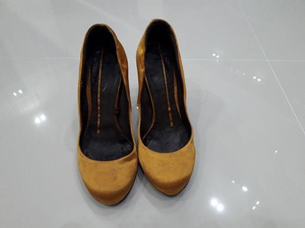 Туфлі жіночі  350 грн. - Жіноче взуття Львів на Olx efa398235bc7f