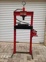 12 ton workshop press