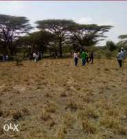 prime plots in Isinya along the greater southern bypass next to konza