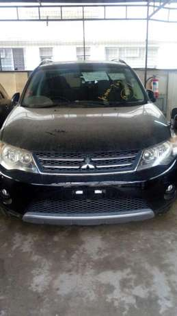 Mitsubishi Outlander Roadest KCN number 2010 model loaded with all Mombasa Island - image 4