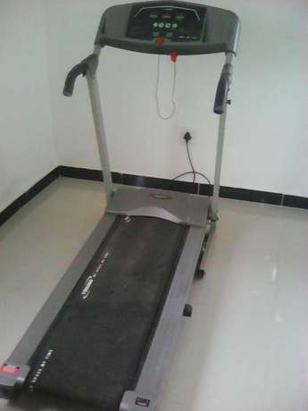 Treadmill for sale . not working Orient Hills - image 4