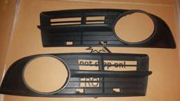 VW Caddy 1.6 Fog grill set for sale excl fog brand new R400 Neg.