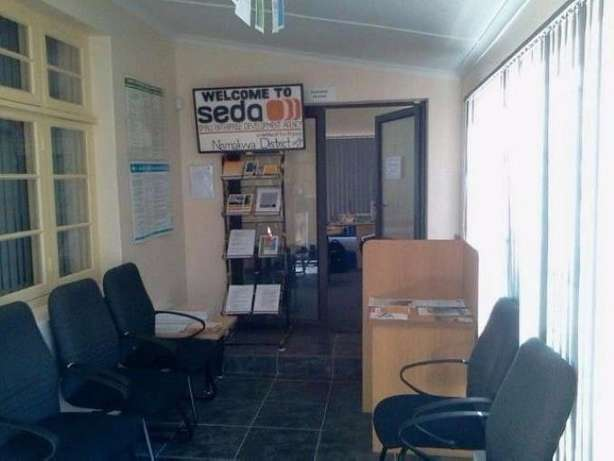 Office Space/Rooms/ Guesthouse for Sale or to Rent Springbok - image 2