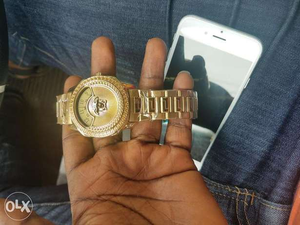 Original versace wrist watch for sale Port Harcourt - image 2