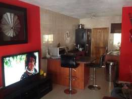 Modern 1 bedroom apartment in Musgrave.