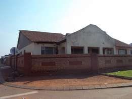 Three bedroom house to rent in Protea Glen Ext 11, R4300 electric gate