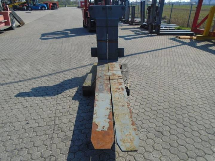 FORK Fitted with Rolls, Kissing 28.000kg@1200mm // - image 4