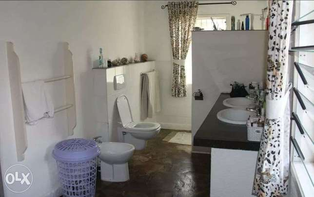 5 bedroom house to let Malindi - image 8