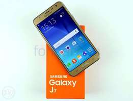 Samsung j7 4g brand new at 22999