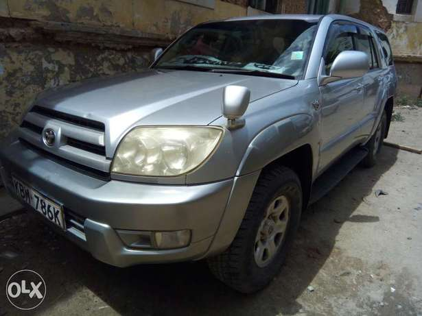 Clean and Well Maintained Toyota Hilux Surf 4WD SUV Mombasa Island - image 2