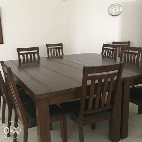 hard wood table 8 chairs Maweni - image 1