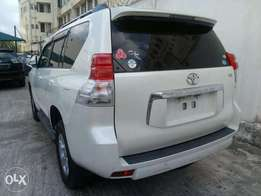 Prado TX land cruiser Toyota 2010 model,2.7ltr,brand new on sale
