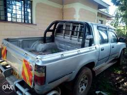 Hilux double cabin pickup
