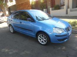 Polo classic 1.6 2009 model Blue in color 68000km R75000