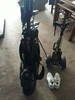 Entire golf set, bag, trolley and shoes !!!