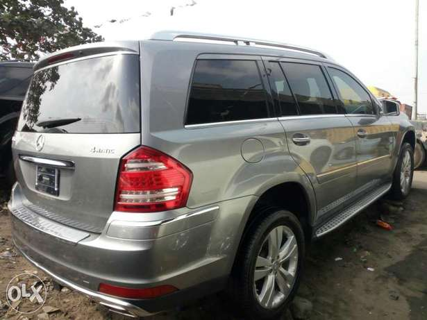 Foreign used 2012 Mercedes Benz Gl450 4matic. Direct tokunbo Apapa - image 7