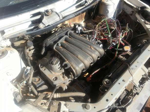 Nissan tida stripping for spares or for sale as is Kimdustria - image 6