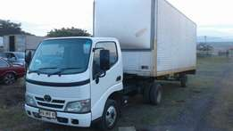 Toyota Dyna with 6 meter Poni Trailer
