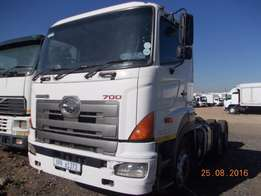 2010 Toyota Hino 700 horse for sale in great condition.