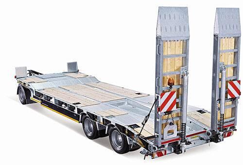 Transport REMORCA tip platforma pentru  vehicule si utilaje low loader