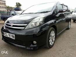 Toyota Isis,year 2010,finance allowed and arranged.
