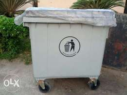 1000 Litres Plastic Waste bin with 3 wheels for sale