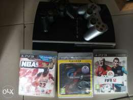PS3 Game box with 2pads and 3cds