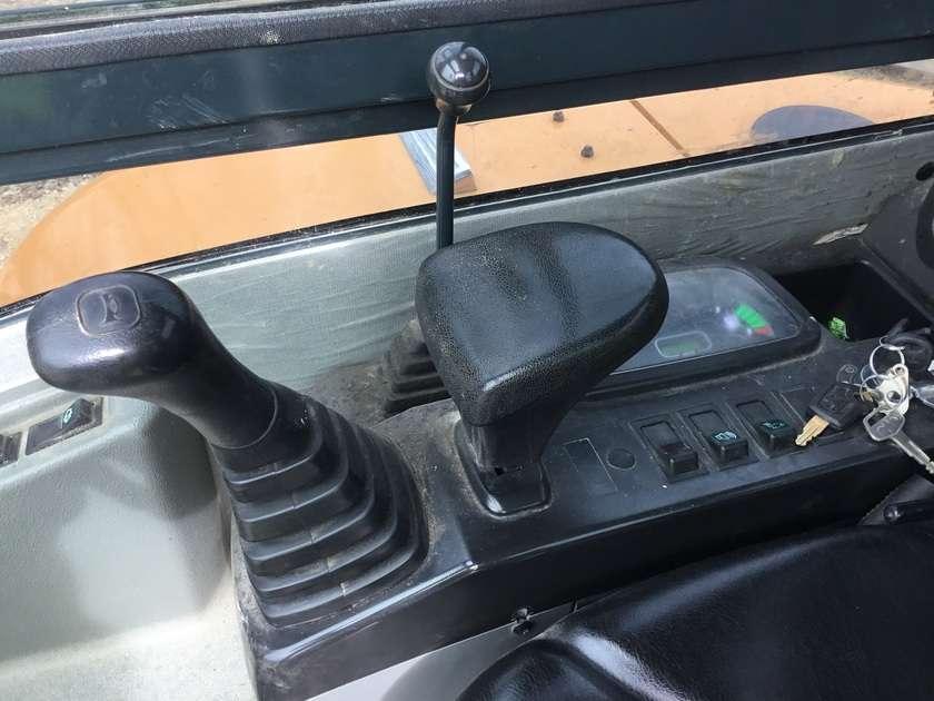 Hyundai Robex 3.5z-9 - 2014 - image 58