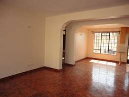 Spacious 3br with Sq to let in Lavington for 85k