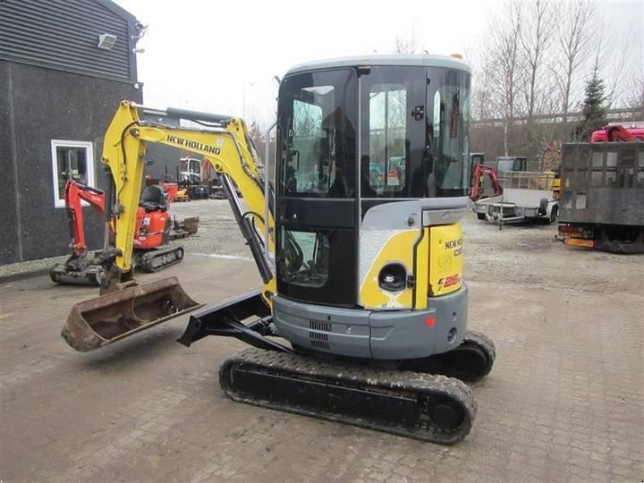 New Holland E26B - 2011 - image 4