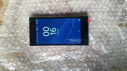 Clean Sony xpera Z1 2gb ram