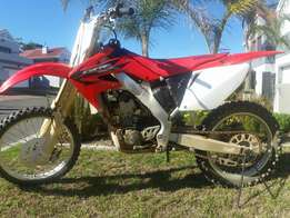 CRF 250R Motorcycle