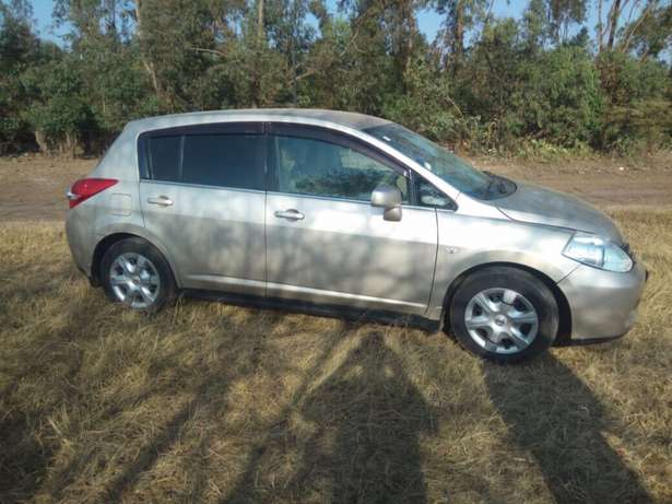 Nissan Tiida Latio Hatcback 2008 model Clean just buy and drive Nairobi CBD - image 5