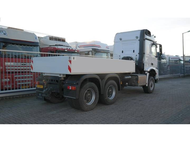 Mercedes-Benz AROCS 3352 180 tons push and pull HEAVY DUTY 6X6 EURO 6 9... - 2016 - image 15